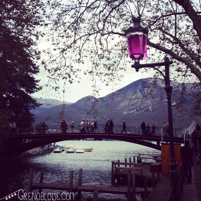 annecy_blog_day_pont-des-amours_purple-11-2013